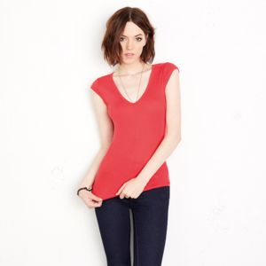 Sheer mini rib v-neck t-shirt Vignette