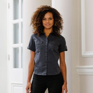 Women's roll-sleeve short sleeve shirt Vignette