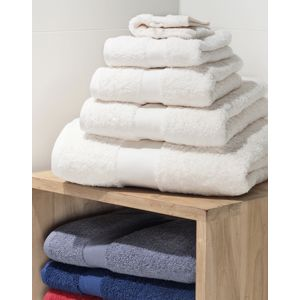 Heavyweight Guest Towel Vignette